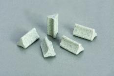Đá tam giác ceramic đánh thô 2