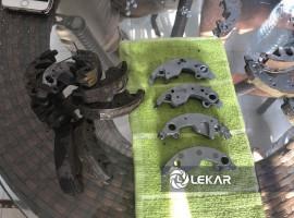 Gia công phụ tùng xe máy cũ - xử lý bề mặt bố ba càng (búa côn)